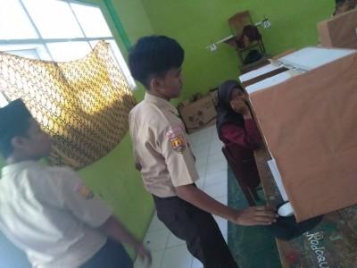 Kereen!! Pemilihan Ketua dan Wakil Ketua OSIS MAN 4 Cirebon Gunakan Sistem E-voting